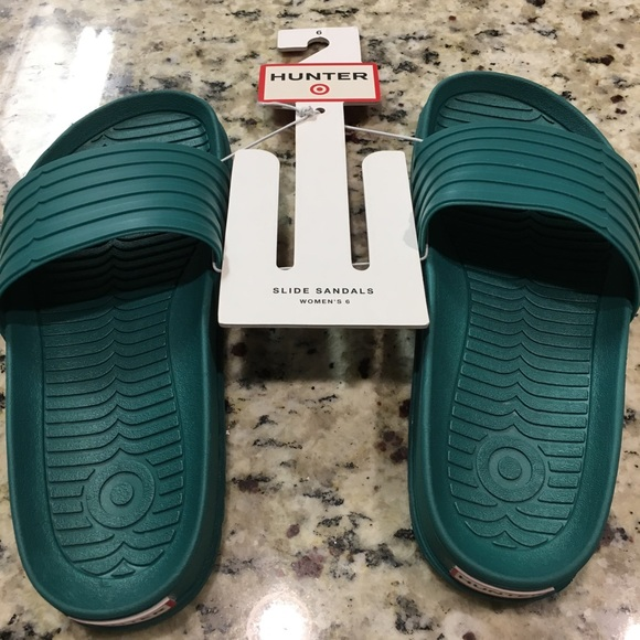 f394a793d1e18c NWT Hunter for Target Womens Slides